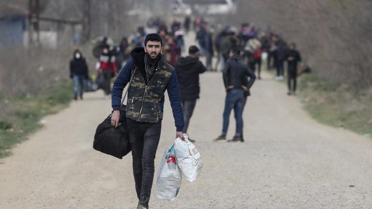 Турция натиска за преразглеждане на споразумението за мигрантите с ЕС