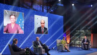 """България прие от Естония домакинството на инициативата """"Три морета"""""""