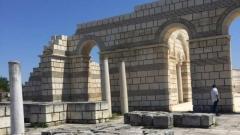 Голямата базилика в Плиска с нови арки
