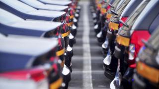 Битката на гигантите: 3 компании продадоха по над 10 милиона коли