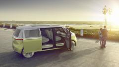 Най-големият автомобилен производител обеща електрически версии на всички 300 модела