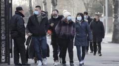 Пекин ваксинира хиляди с одобрената ваксина на Sinopharm