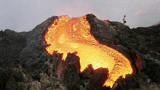 Потоци лава потекоха от вулкана Етна