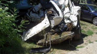 Зверска катастрофа погуби 3-членно семейство