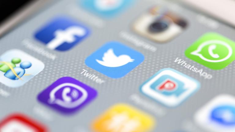 """Знакови акаунти в """"Туитър"""" хакнати от привърженици на Ердоган"""