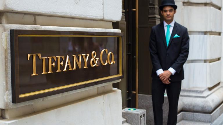 Сделката между LVMH и Tiffany изглежда все по-малко възможно, пише
