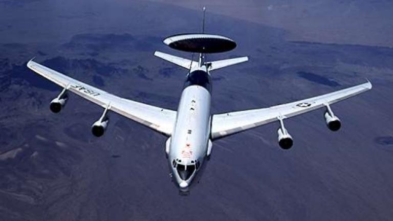 """""""Боинг"""" доставя двата нови самолета на Белия дом"""