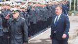 С около 10% са увеличени заплатите на военните, отчете Каракачанов