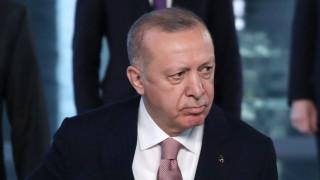 Ердоган зове мюсюлманите срещу несправедливости от Сирия до Афганистан и ислямофобия на Запада