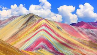 Планината на дъгата - едно от природните чудеса, може да изчезне. Заради туризма