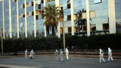 Мощна бомбена експлозия пред гръцка телевизия