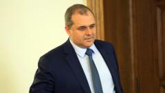 БСП показа, че може да е алтернатива, смята Искрен Веселинов