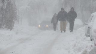 Тежки зимни условия в цялата страна, бедствено положение в Смолян