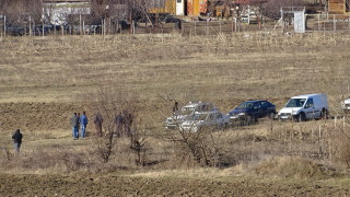 Откриха труп на възрастен мъж в поле край Благоевград