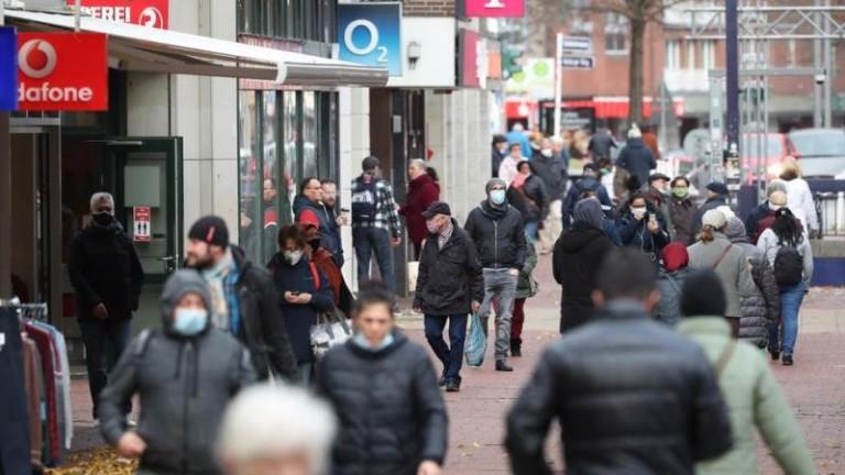 254 починали от COVID-19 за ден в Германия