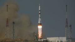 """Ракета """"Союз"""" с пилотирания кораб """"Ю. Гагарин"""" полетя към МКС"""