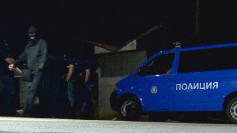 Барети тарашили над 30 адреса заради килъра от Костенец