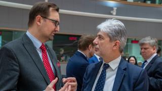 Димов настоява за справедлив преход към нисковъглеродна икономика от ЕС