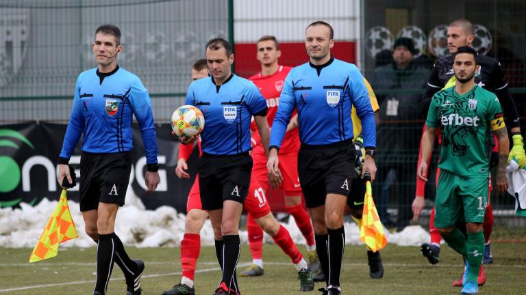 Срещата от 31-ия кръг на Първа лига между Левски и