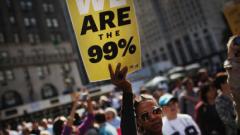 Средната класа по света се сви до 14%, останалите - свръхбогати и бедни