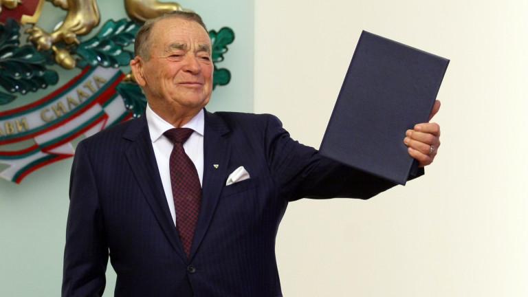 На 93-годишна възраст в Торонто е починал известният филантроп и