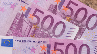 563 000 фалшиви евробанкноти хванати за година. Коя е най-често фалшифицираната?