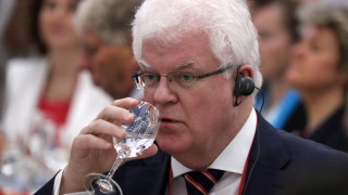 Руският посланик в ЕС предупреди Гърция, че САЩ ще ги изоставят като кюрдите