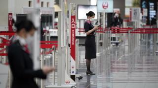 """Японска авикомпания спира с обръщенията """"дами и господа"""" и въвежда полово неутрална форма"""