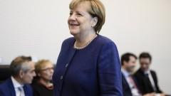 Меркел тества политическата си власт на започващите коалиционни преговори