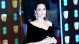 Анджелина Джоли, разводът с Брад Пит и защо актрисата си смени фамилията