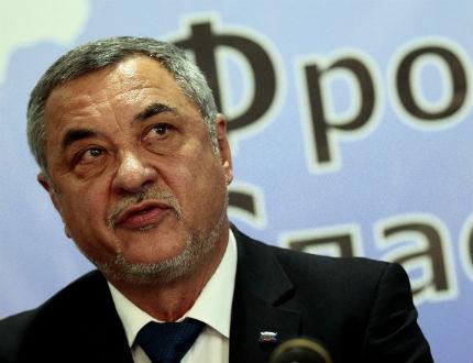 Валери Симеонов обяви местния вот за неуспешен