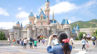 Посетителите се завърнаха в парковете на Disney и компанията отчете 45% ръст на приходите