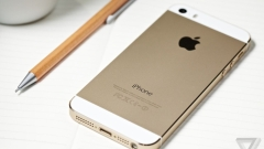 """""""iPhone 5se"""" излиза на пазара през март в познатите ни цветове"""