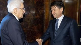 Президентът на Италия прие оставката на Джузепе Конте