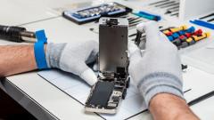 Защо Apple не иска да сменяме батерията в iPhone в нелицензирани сервизи