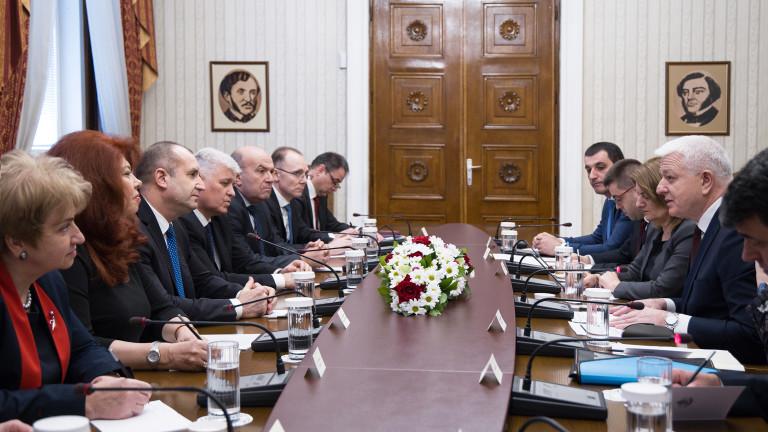 Състоя се среща между държавният глава Румен Радев и министър-председателят