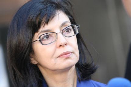 Кунева се хвърли в политиката