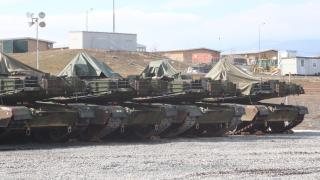 """Пентагонът налива още пари в базата """"Ново село"""""""