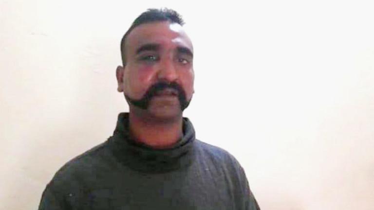 Пакистан ще бъде готов да върне индийския пилот, свален и