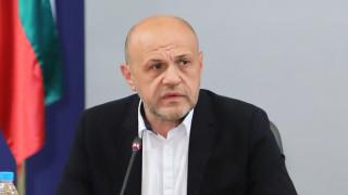 Томислав Дончев отказа да коментира чужди чатове