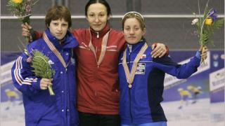 Раданова остава на леда и през следващия сезон