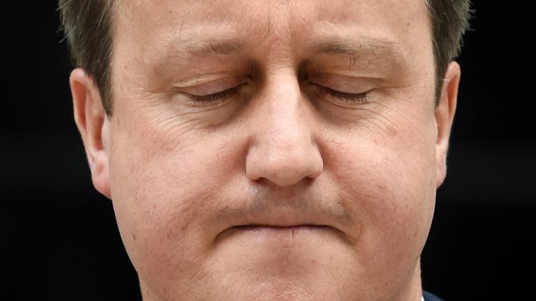Мястото на Камерън в парламента спечелено от консерваторите, но губят гласове