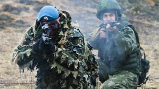 Русия отхвърля всякакви спекулации, че ще използва военни игри за инвазия