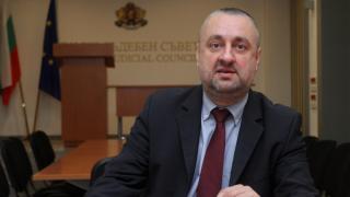 """Етичната комисия проверява има ли """"шпицкоманда"""" в прокуратурата"""
