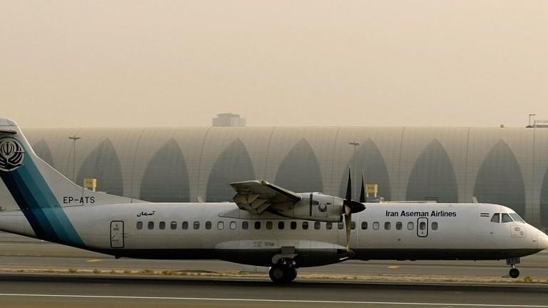 Пътнически самолет се е разбил в района на град Семиром