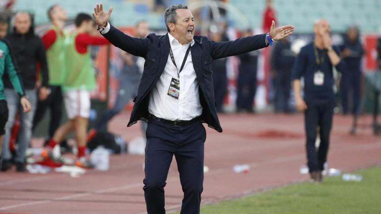 Славиша Стоянович бесен, готов да напусне Левски?!