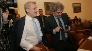 Москов нямал избор освен да уволни шефа на Фонда за лечение на деца