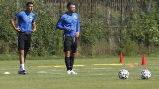 Божинов тренира с Левски, Робърта - не