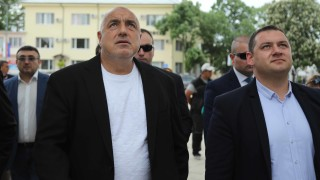 Борисов посети Раковски преди визитата на папата