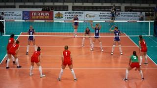 Момичетата на Антонина Зетова загубиха с нестандартния резултат 2:5